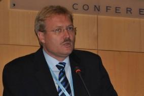 Dr. Révész János