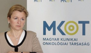 Dr. Dank Magdolna