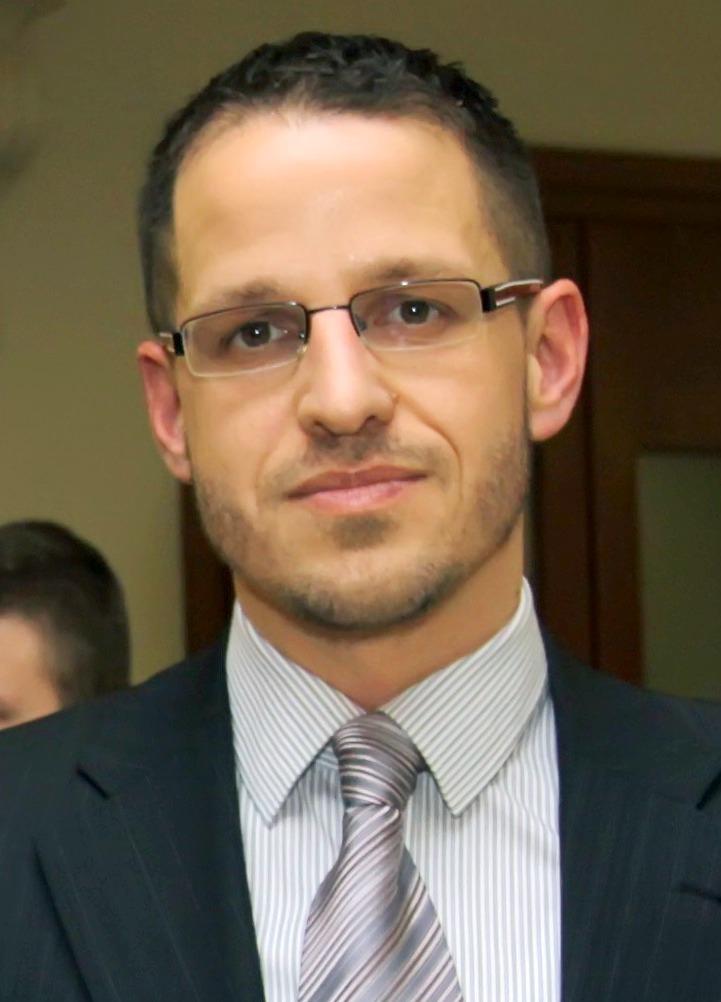 B. Papp László